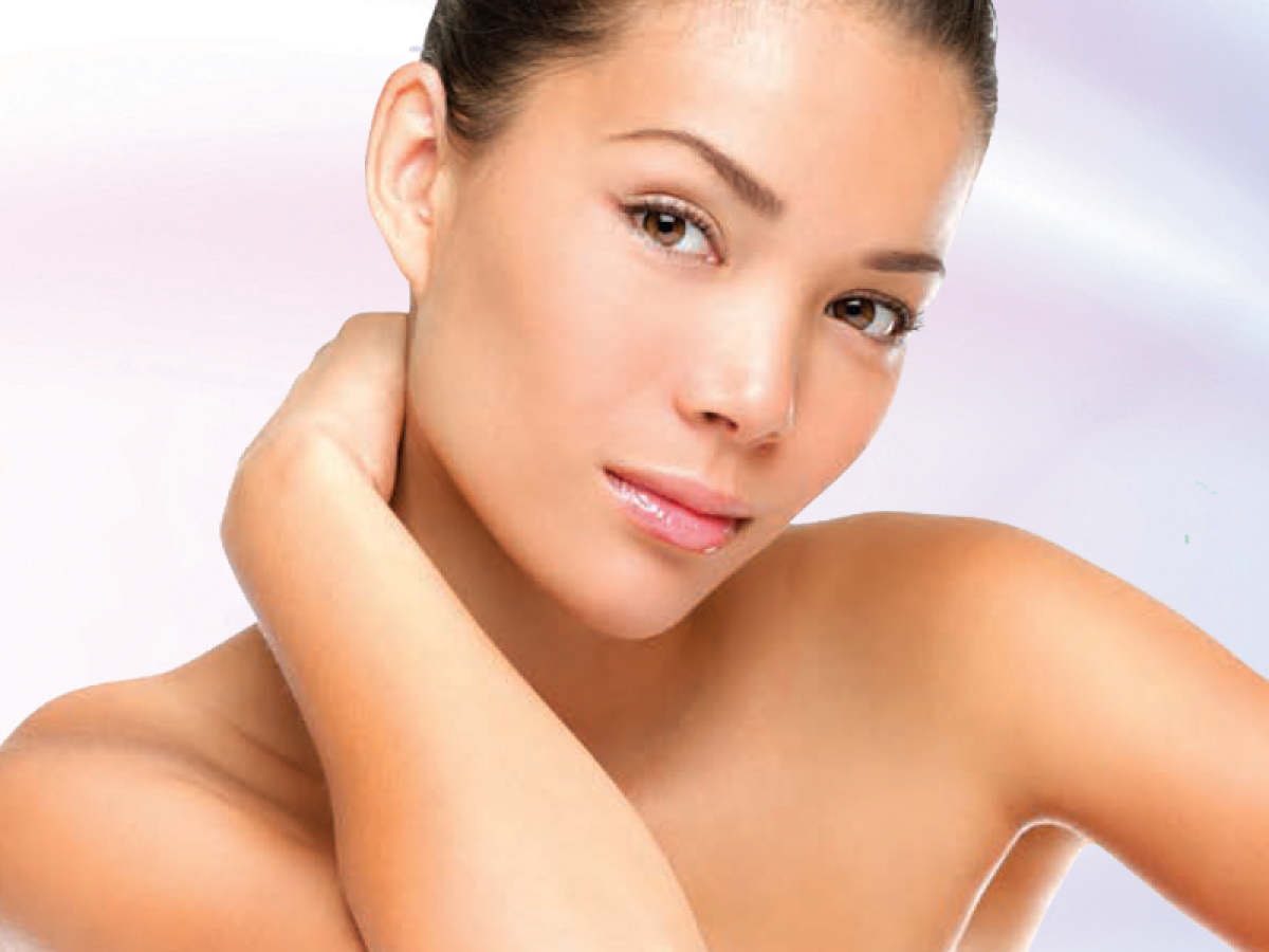 Fractional laser skin resurfacing provides total rejuvenation to give the skin a smooth, youthful and glowing appearance.